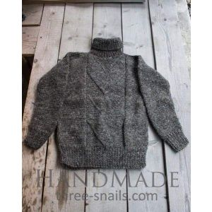 "Stylish knitted sweater of natural wool ""Cuddles"""