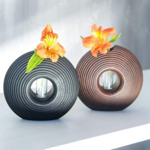 Tabletop flower tube vase