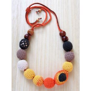 "Teething necklace for mom ""Apricots halves"""