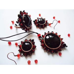 "Vintage jewelry set ""Black rose"""