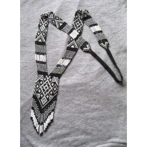 """White and black bead necklace """"Yin Yang"""""""