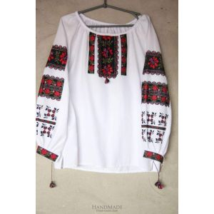 "White peasant blouse ""Borscht pattern"""