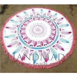 White round beach towel with feathers