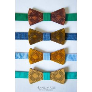 Wood bow tie gift