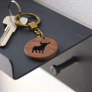 Wooden keychain bull