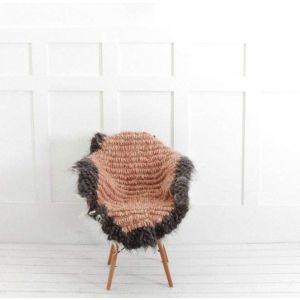 "Wool chair throw ""Pink warmly"""