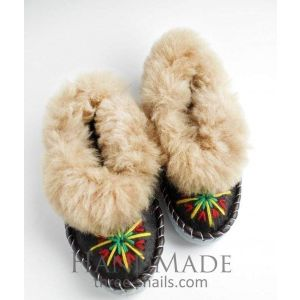 "Wool slippers ""Ethnic dance"""