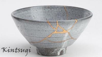 Kintsugi pottery – magic of wisdom, skills and noble metal powders