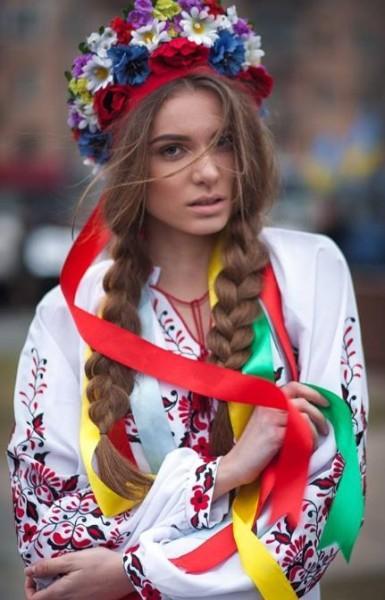 украинская девушка патриотка