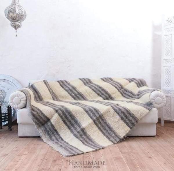 одеяло в полоску из шерсти