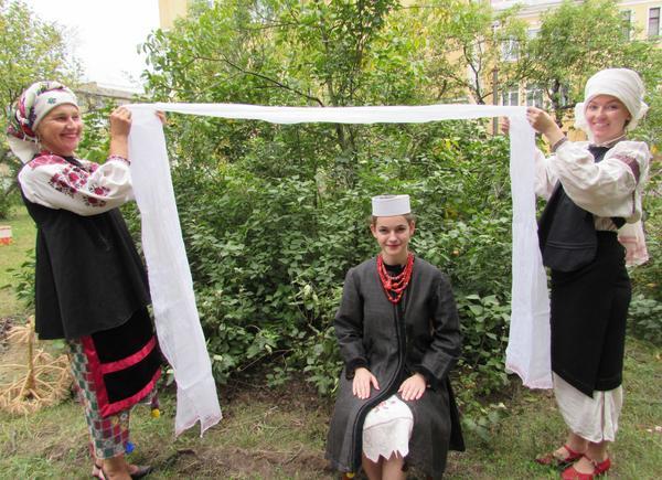 traditonal women
