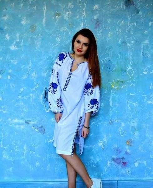 льняне плаття в національному стилі