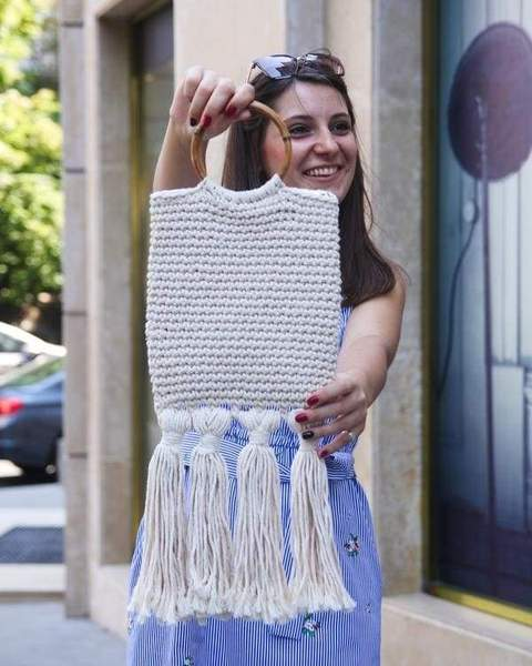 yarm bag with fringes