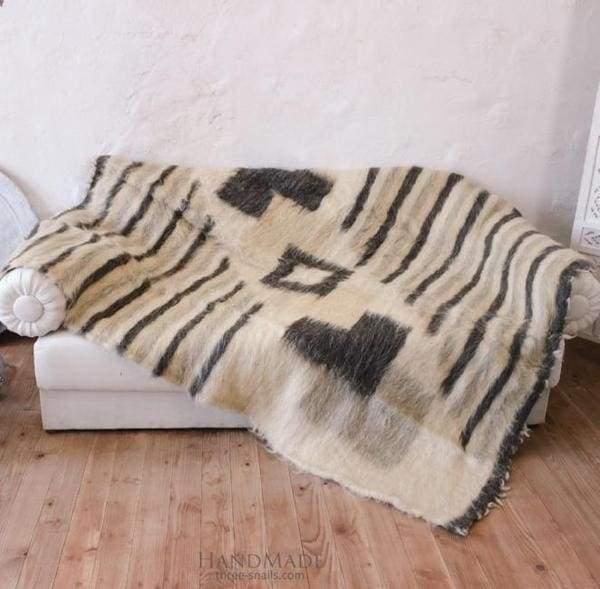 Ukranian woolen plaid